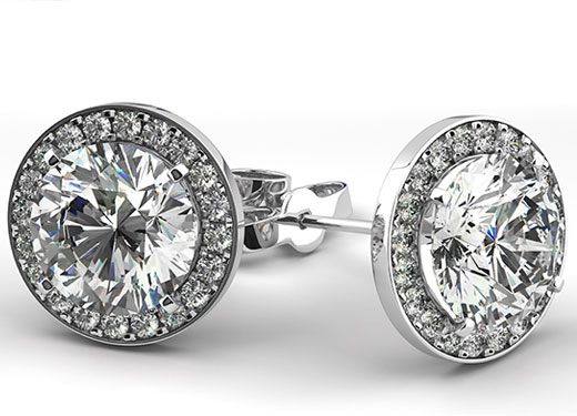 diamond earring buyers in Massachusetts